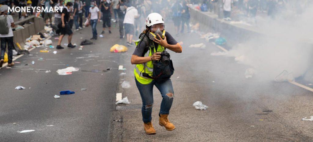 遊行 示威 暴動 中受傷或汽車損毀  各類保險賠償限制解說