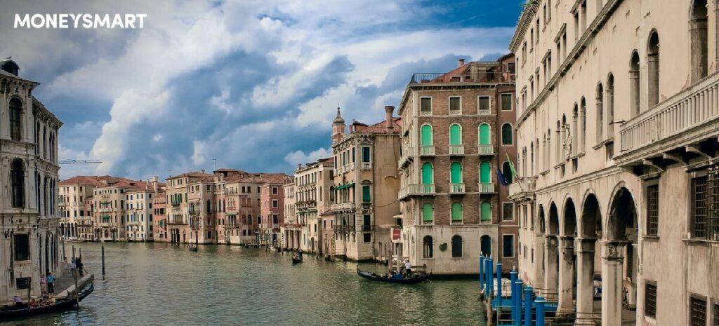 威尼斯擬2022年夏天徵入城費